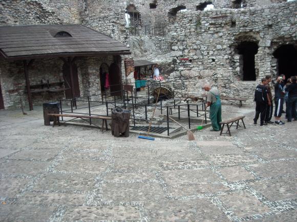 http://opera-la-mine.cowblog.fr/images/SLAWKOW/DSCN0899.jpg