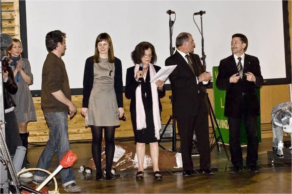http://opera-la-mine.cowblog.fr/images/aMESSEIX/Image27-copie-1.jpg