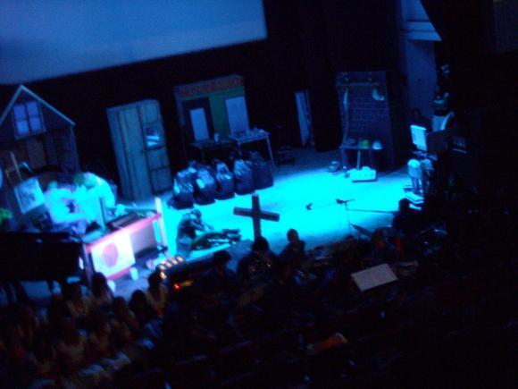 http://opera-la-mine.cowblog.fr/images/spectacle/DSCN1004.jpg