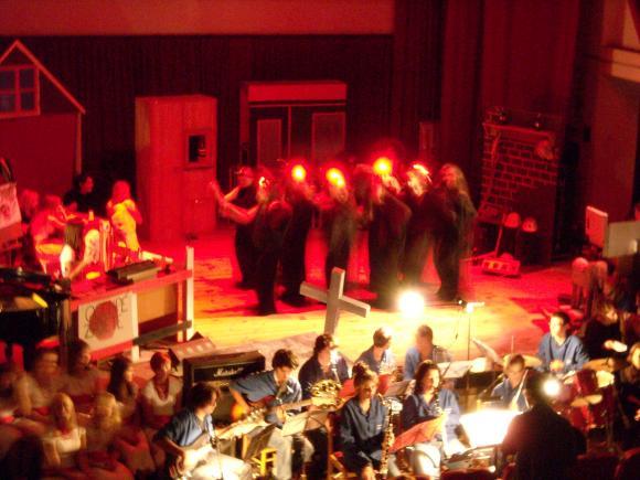 http://opera-la-mine.cowblog.fr/images/spectacle/DSCN1013.jpg