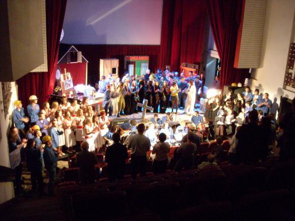http://opera-la-mine.cowblog.fr/images/spectacle/DSCN1023.jpg